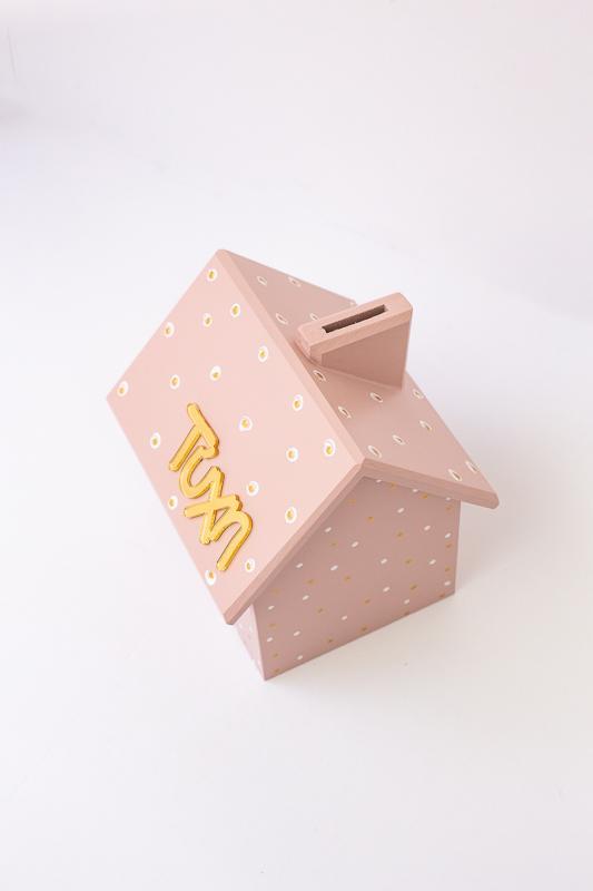 Ξύλινος κουμπαράς (ροζ)